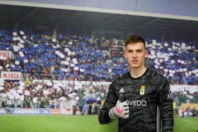 Fútbol.- El guardameta Andriy Lunin jugará cedido con el Oviedo hasta final de t