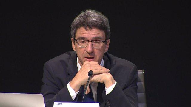 El director de BBVA Research y economista jefe de Grupo BBVA, Jorge Sicilia, durante su intervención en la presentación de una edición del informe 'Situación España'.