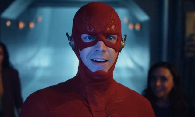The Flash en Crisis en Tierras Ïnfinitas