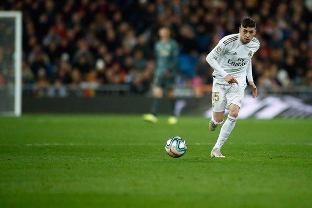 Fútbol.- Fede Valverde, sancionado con un partido por la roja directa en la Supe