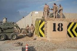 Militares españoles refuerzan la seguridad de los búnkeres del centro de adiestramiento de Besmayah en Irak