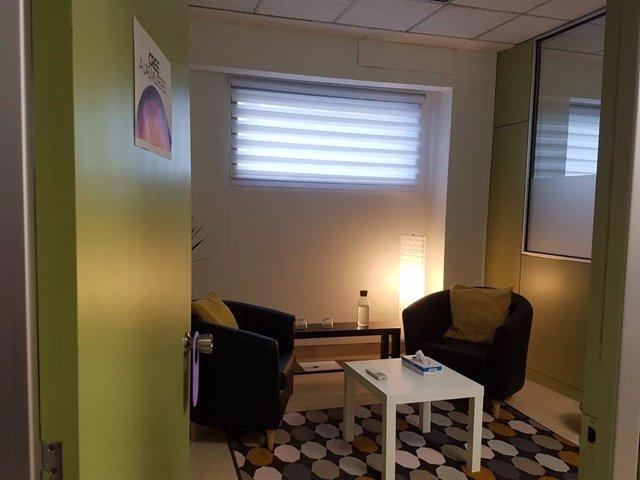 Una de las salas del primer centro 24 horas en España de atención para víctimas de violencia sexual.