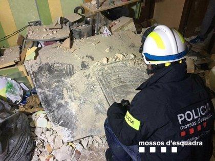 Una placa metálica golpeó el edificio del vecino que murió en Tarragona tras la explosión