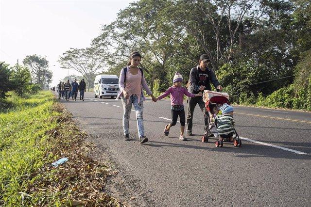 Migrantes en Ciudad Hidalgo, México
