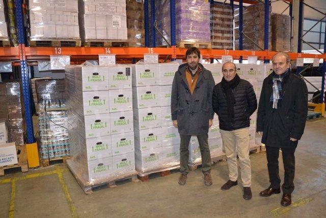 La Diputación de Lleida da al Banc dels Aliments aceite de olivos de sus fincas