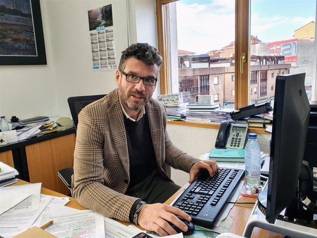 El concejal de Movilidad, Urbanismo y Vivienda de Torrelavega, Gerson Lizari
