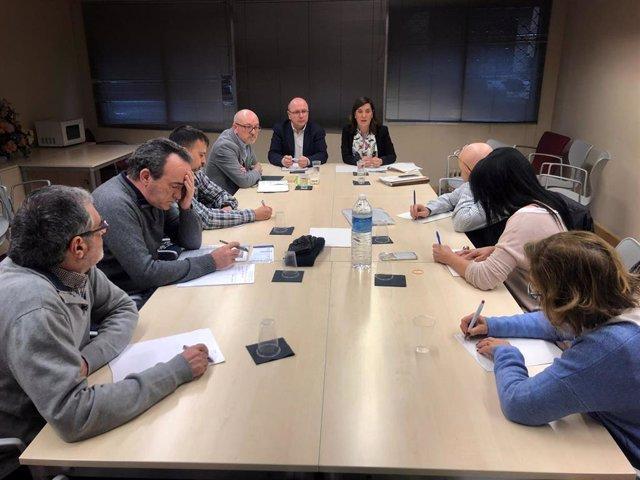 Reunión Plataforma Defensa Salud Pública y Marea Blanca con el Gobierno riojano