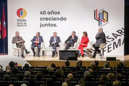 """Alcaldes madrileños desde 1986, salvo Carmena, celebran los """"40 años de éxito"""" de Feria de Madrid"""