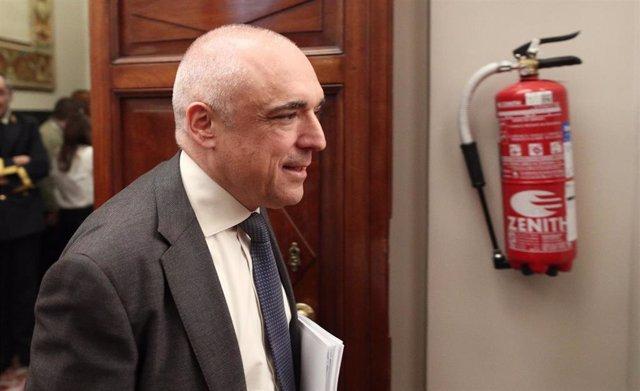 El secretario general del Grupo Socialista, Rafael Simancas, a su llegada a la Junta de Portavoces del Congreso de los Diputados, en Madrid (España), a 15 de enero de 2020.