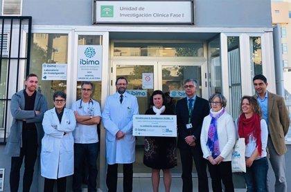 Ibima recibe una donación de la Asociación de Enfermos por Pseudoxantoma Elástico para la investigación de la enfermedad