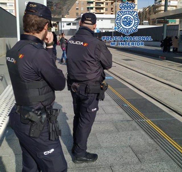 """Nota De Prensa: """"Policía Nacional Detiene A Un Fugitivo Con Una Orden De Detención Europea Por Delitos Contra La Propiedad"""""""