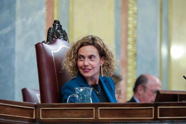 La presidenta del Congreso de los Diputados, Meritxell Batet, durante la primera sesión del debate de investidura del candidato socialista a la Presidencia de Gobierno en la XIV Legislatura en Madrid (España), a 4 de enero de 2020.