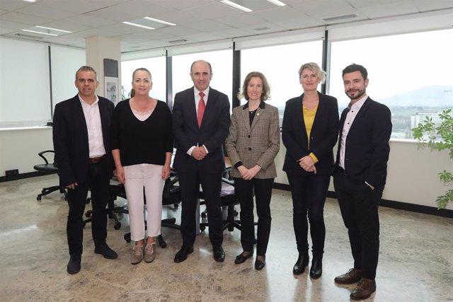 Alberto Ekain, Isabel Muela, Manu Ayerdi, Sonia Pérez, Maitena Ezkutari y Harkaitz Milla