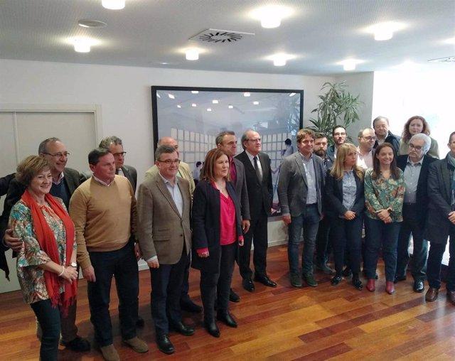 El secretario general del PSOE-M, José Manuel Franco, y el portavoz del PSOE en la Asamblea de Madrid, Ángel Gabilondo, se reúne con alcaldes socialistas de la región.