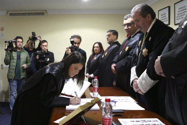 Jura de letrados del Colegio de Abogados de Málaga en su sede en Marbella