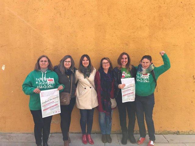 Rueda de prensa sobre huelga educativa contra la reorganización de centros rurales