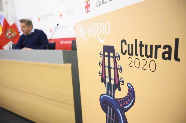 El concejal Diego Cruz presenta el Invierno Cultural 2020 en la capital