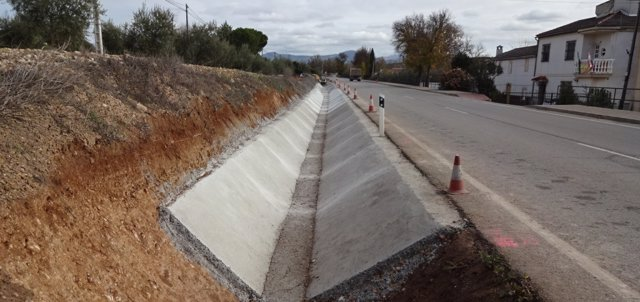 Parte de la obra realizada en la carretera A-342 de Monturque a Cabra