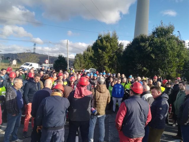 Protesta de trabajadores de auxiliares de Endesa