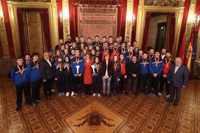 Recepción en el Palacio de Navarra a las selecciones Infantil Femenina y Cadete Masculina de balonmano