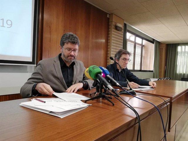 El presidente del Colegio de Aparejadores de Mallorca, Daniel Tur, y el secretario técnico, Mateu Moyá.