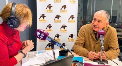 """Álvarez (UGT): """"Que me explique algún listillo con un gran sueldo cómo se puede vivir con 900 euros al mes"""""""