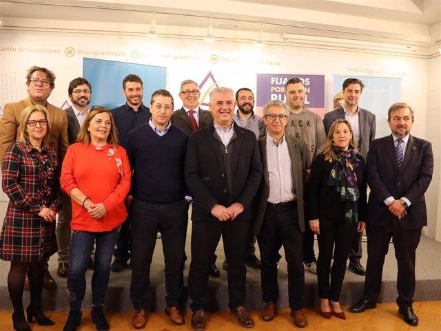 Siete municipios de Guadalajara participarán con Diputación en el proyecto 'Holapueblo'.