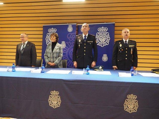 La delegada del Gobierno en Castilla y León, Mercedes Martín, preside el acto conmemorativo del 196 aniversario de la Policía Nacional en Valladolid.