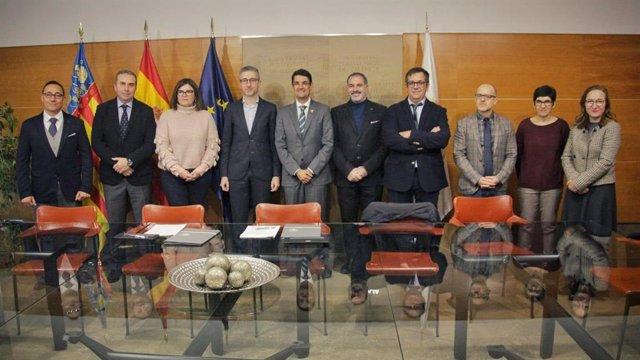 Firma del convenio de la creación de la Cátedra