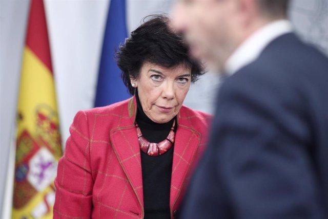 La ministra de Educación y Formación Profesional, Isabel Celaá, en diciembre en la rueda de prensa del Consejo de Ministros.