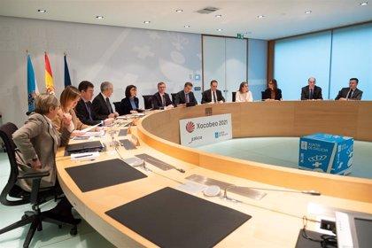 La Xunta aplicará en enero a unos 100.000 empleados públicos las subidas retributivas pactadas