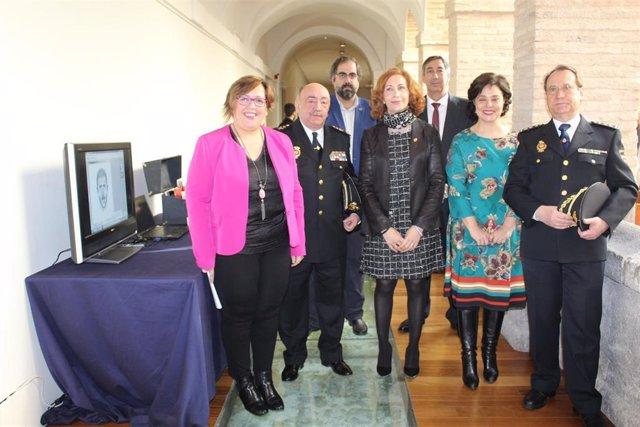 Inauguración de la exposición de Policía Científica en Ciudad Real.