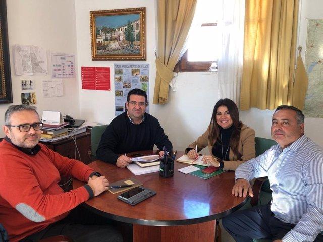 Reunión de la delegada de Justicia y Administración Local en Villanueva de la Concepción