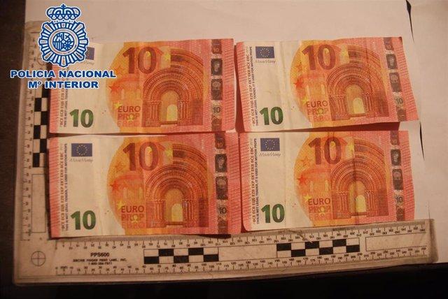 Billetes de diez euros falsos