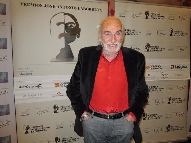 El actor Héctor Alterio recibe el Premio José Antonio Labordeta a 'Toda una Carrera' en su quinta edición.