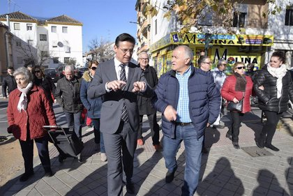 El Ayuntamiento de Granada atiende la demanda de la Chana de mejorar y hacer más seguro el acceso desde Villarejo