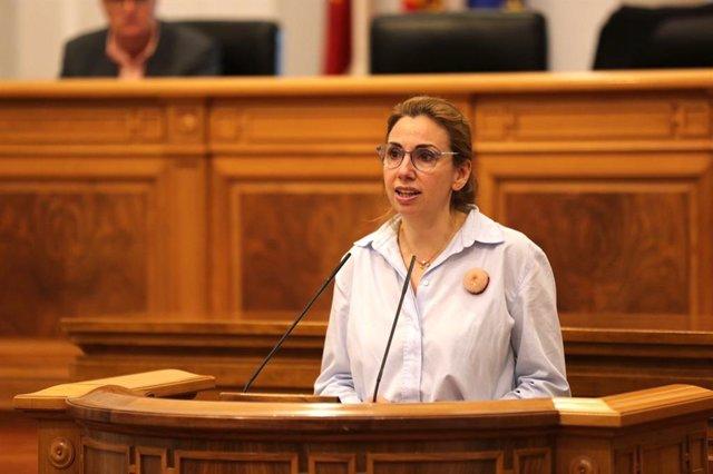 La diputada de Cs Úrsula Lopez interviene en el pleno de las Cortes.