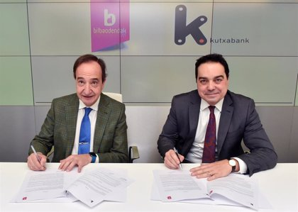 """BilbaoDendak y Kutxabank firman un convenio para """"acelerar la transformación digital"""" del comercio minorista"""