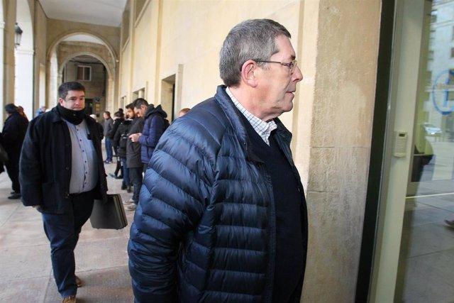 Juan Cano a su llegada a la Audiencia de Alicanete