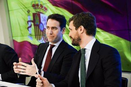 """El PP acusa a Sánchez de """"querer adoctrinar"""" en las aulas y compara el 'pin parental' con la asignatura de Religión"""