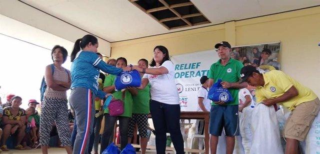 La red de Cáritas en Filipinas moviliza sus recursos para ayudar tras la erupción del volcán Taal