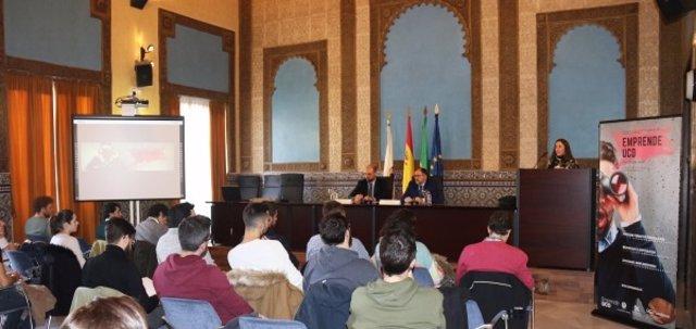 Inauguración del programa 'EmprendeUCO'
