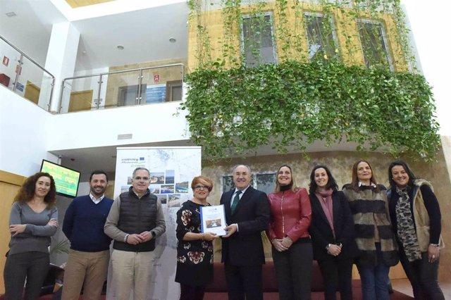 Presentación en Algeciras del proyecto de turismo sostebible de la FAMP
