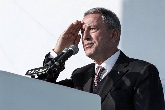 Hulusi Akar, ministro de Defensa de Turquía