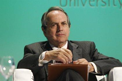 El ex director del Fondo Monetario Internacional abordará en Valladolid la economía de los años venideros