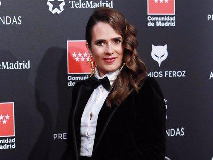 Anna Allen hace sombra a Penélope Cruz en los Premios Feroz