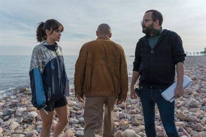 Arranca en Valencia el rodaje de 'Paraíso', la nueva serie de Globomedia con Macarena García y Gorka Otxoa