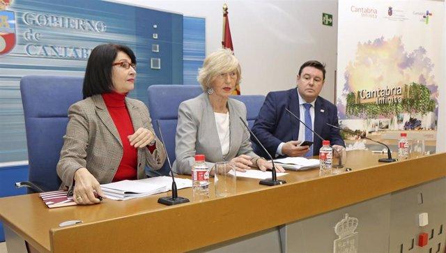 La consejera de Educación, Formación Profesional y Turismo, Marina Lombó, presenta, en rueda de prensa, el stand del Gobierno de Cantabria en la 40 Feria Internacional de Turismo de Madrid