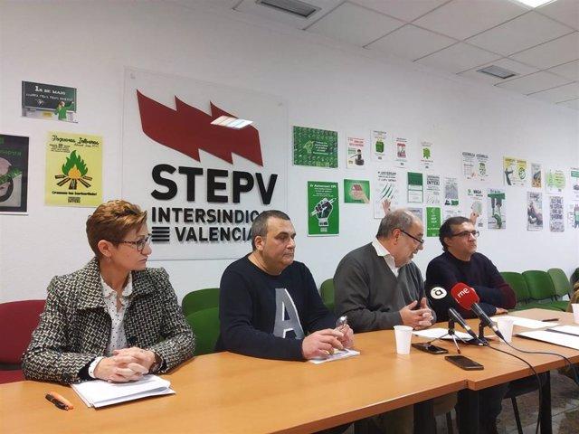 Rueda de prensa en Alicante de representantes de STEPV