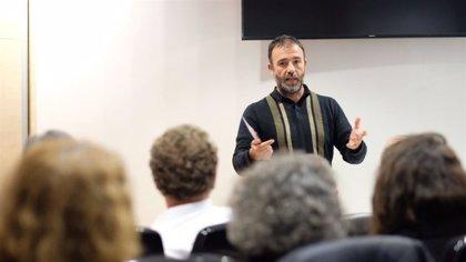 Ediles y diputados de Más Madrid y Más País se reúnen en San Fermín para impulsar corrección de desigualdades en sureste